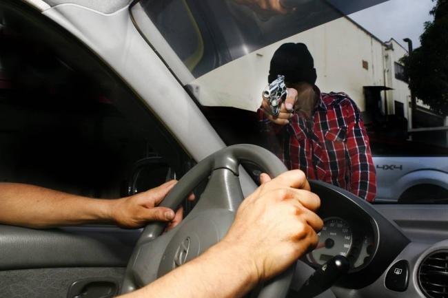 Conductor de Uber lleva a dos mujeres a colonia de Soyapango donde lo esperaban pandilleros para asaltarlo