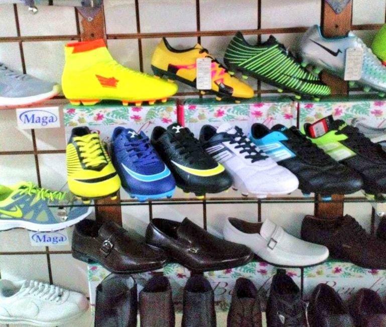 Pares Las Zapatos Deportivos 000 2 FotosDecomisan De Más ukXiZPO