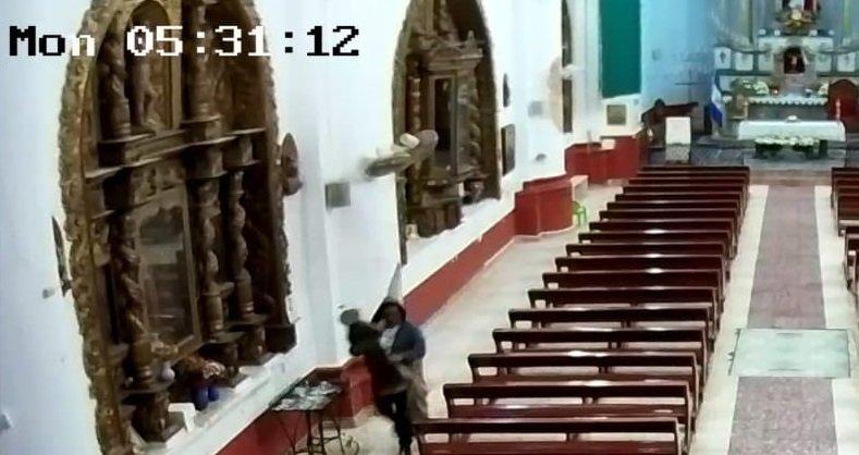 Video Vuelven A Hurtar En Parroquia San Pedro De Metapan Se