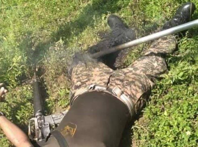 Militar muere electrocutado al intentar bajar cocos en una isla de Usulután